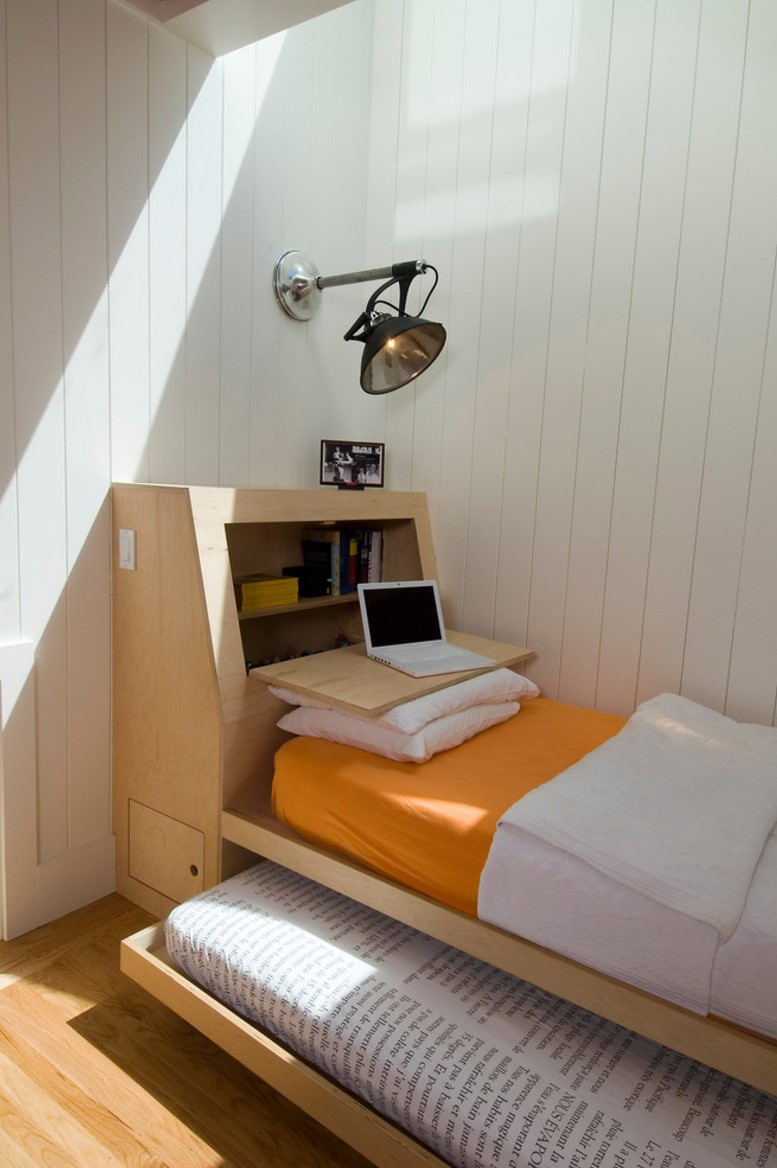 dormitor-pat-multifunctional