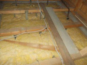 izolatie termica planseu lemn