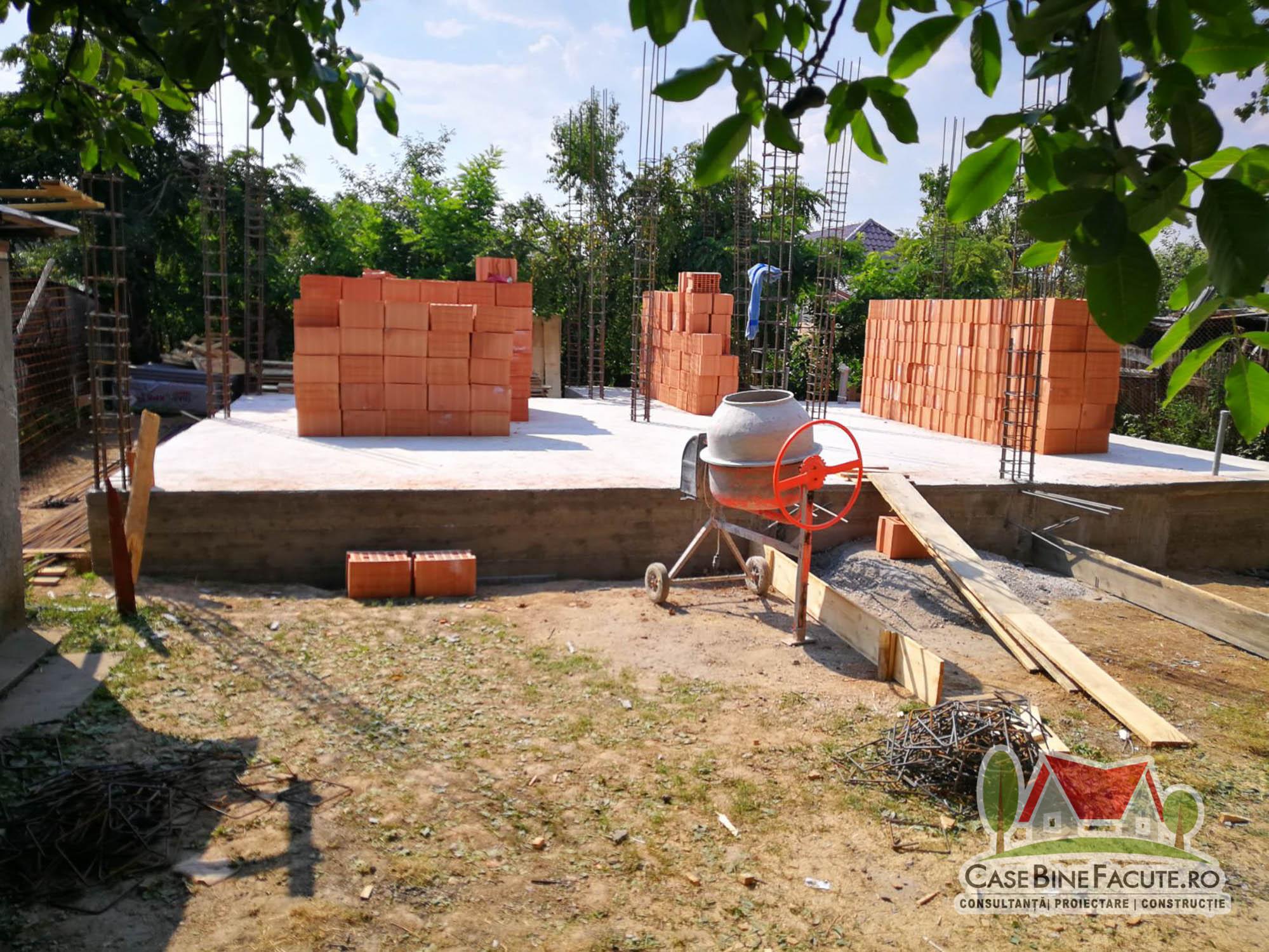 Construcție casă la roșu, Popești Leordeni