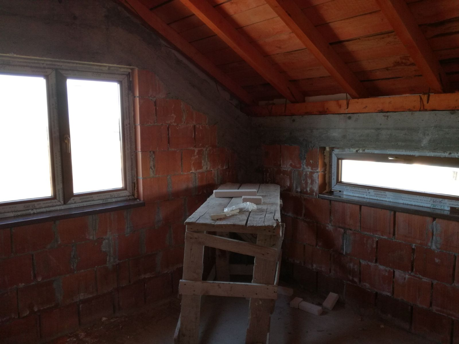 Constructie casa la gri Otopeni