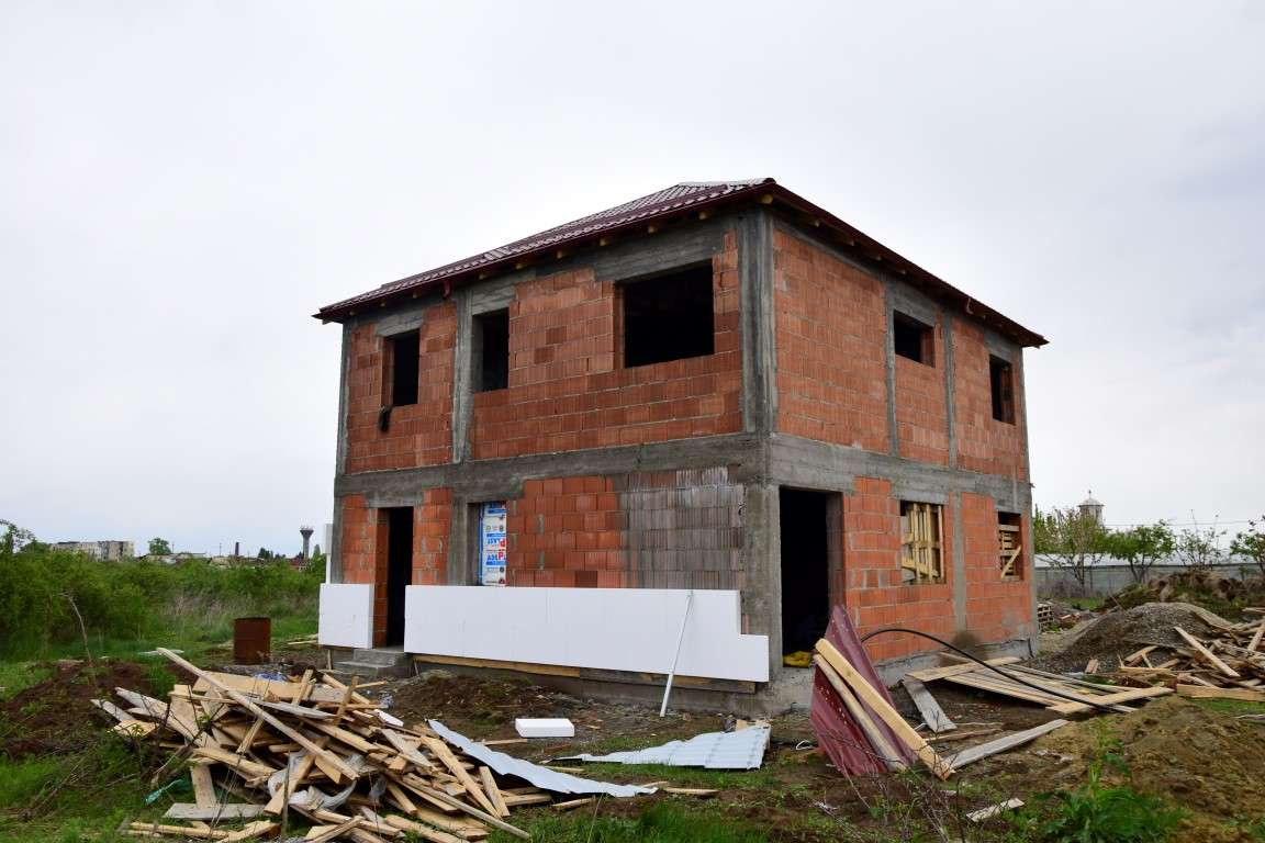 Constructie casa la gri Balotesti