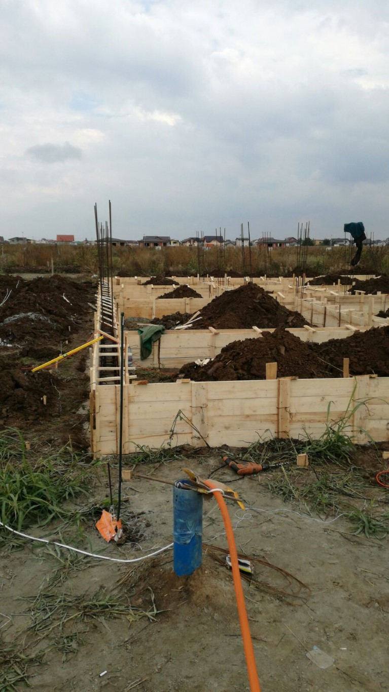 Constructie casa la rosu Berceni