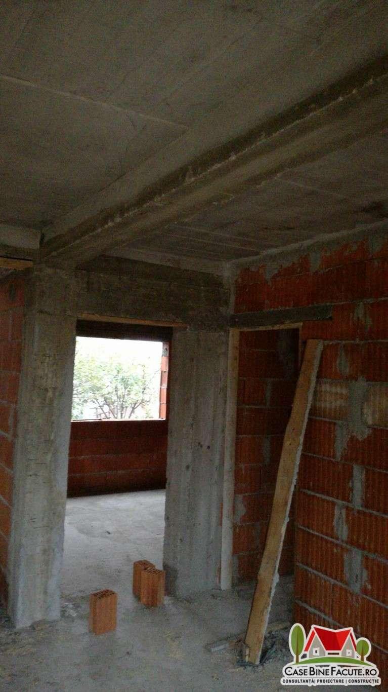 Constructie casa la rosu, Bucuresti